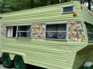 Cozy Vintage Camper - Delivered to you