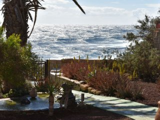 Apartamento en El Médano anexo a una villa junto al mar