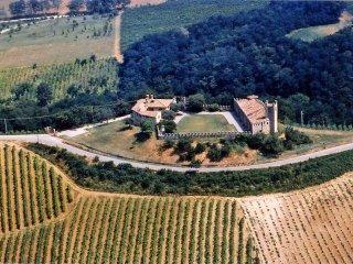 Castello di Magnano