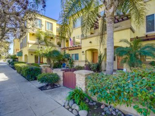 Just Beachy - Located right off Mission Blvd. and in walking distance to all!