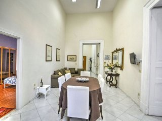 Naples Apartment Sleeps 6 with WiFi - 5229202