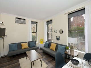 Chic Lenox Hill/Upper East Side 1 Bed near Central Park + Museum Mile