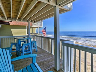 2BR Kure Beach Condo w/Ocean Views and Pool Access