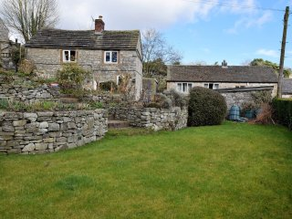 PK932 Cottage in Ashford in th