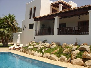 Villa Can Patene: Free Wifi, private pool and sea view