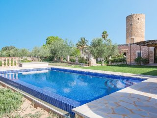 CAN SALINES - Villa for 9 people in FELANITX