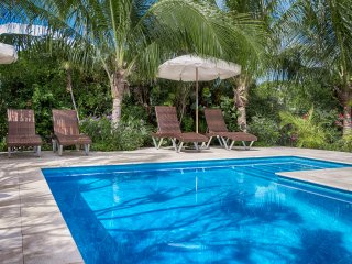 Karana 3 BR Luxury Villa - On Beach - Ocean Views - Prvt Pool - Serene & Natural