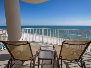 Corner condo ~ 3 BR ~ Sleeps up to 8 ~ Great Amenities/Location ~ Gulf Front ~ R