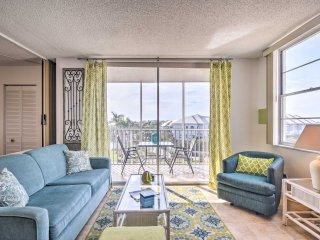 NEW! Bonita Springs Studio w/ Ocean Views & Pool!