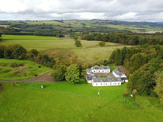 Roe Deer cottage, traditional 2 star 2 bedroom house Kirkwood Real Farm Holidays