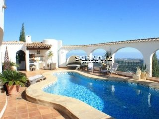 Beautiful villa with panoramic views of the sea