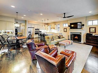 Chic 4BR in Germantown - 1 Mile to Downtown Music Venues, Theaters & Bars