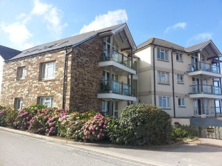 Fabulous 3 bed apartment right on the beach in Thurlestone, Salcombe South Devon