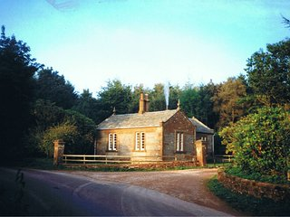 West Lodge, detached cottage on edge of Kirkwood farm part of Real Farm Holidays