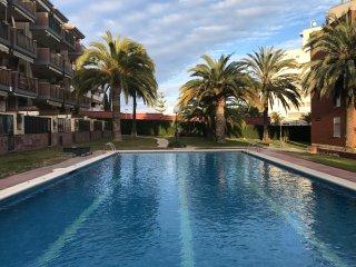 108A - Planta baja, wifi, a/c, piscina, pocos m playa