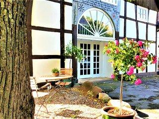 140qm tolles Fachwerkhaus mit Veranda und Garten