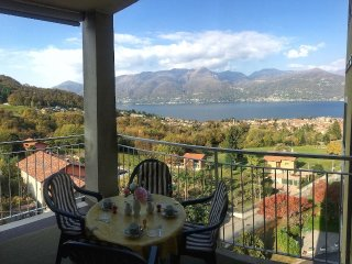 Eucalipto 3 located in an exclusive residence with panoramic view of Lake Maggio