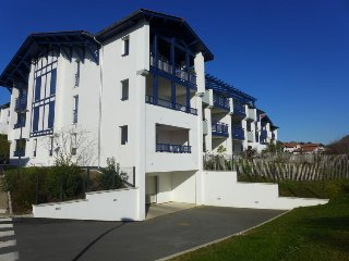 2 bedroom Apartment in Bidart, Nouvelle-Aquitaine, France : ref 5574434