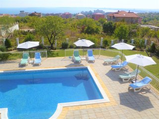 Family Villa With Large Private Pool