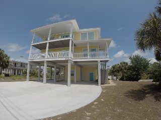 New construction with panoramic gulf and bay views, community pool!
