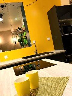 Cuisine équipé - Devine un rêve - Limoges - Bien-être - Détente - Spa privatif - Appartement