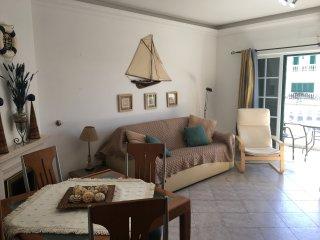 1 bedroom apartment near the beach