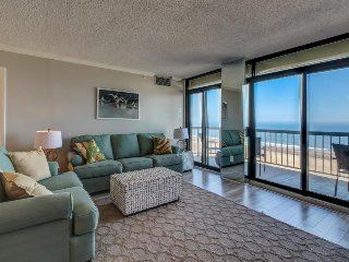 Oceanfront getaway w/  shared pool & tennis courts (fee applies), beach access