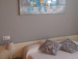Apartamento muy acojedor , bien situado cerca aeropuerto y buenas conexiones par