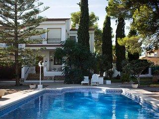 Acogedora Villa con piscina privada