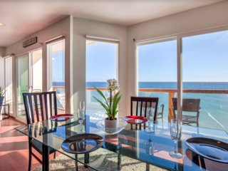 Oceanfront 2 Bedroom Malibu - Views.Views.Views.
