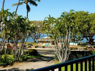 Maui Parkshore #204, Partial Ocean View, Near Beach, Sleeps 6