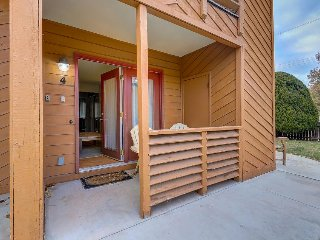 Dog-friendly condo with shared hot tub, red rock beauty, and a town to explore!