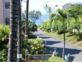 Great Condo And Location In Maui, Ocean View, Swimming Pool, Kihei Alii Kai