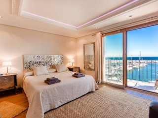 Very large master bedroom with great views, luxurious beddings ensuite bathroom and private terrace