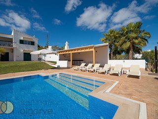Villa with free Wi-Fi | A/C | private pool [can be heated] | garden | near beach