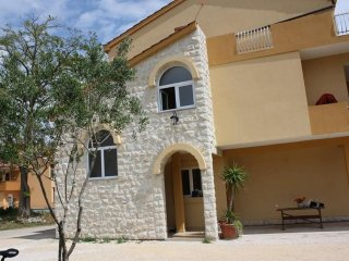 Three bedroom apartment Privlaka (Zadar) (A-14569-a)