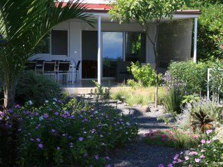 Villa les longoses a 150 m du lagon belle vue mer
