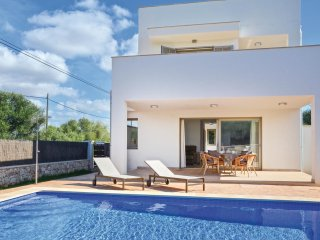 2 bedroom Villa in Cala d'Or, Balearic Islands, Spain : ref 5574749