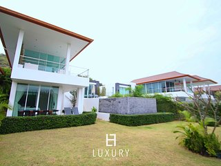Phu Montra villa with ocean view