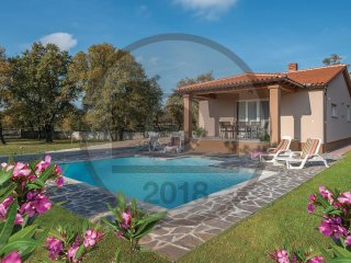 2 bedroom Villa in Mednjan, Istria, Croatia : ref 5574783