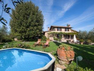 4 bedroom Villa in Fattoria del Castagno, Tuscany, Italy : ref 5574915