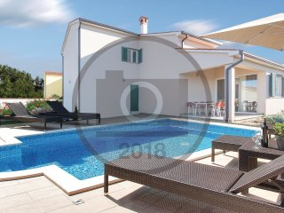 3 bedroom Villa in Veli Golji, Istria, Croatia : ref 5574802
