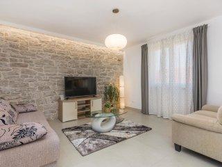 2 bedroom Villa in Mrgani, Istria, Croatia : ref 5574768