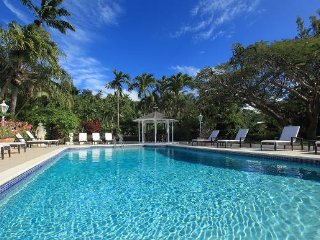 SANDY LANE 6BR LUXURY VILLA! 15% Spring Booking discount ends 27May! Book Now!