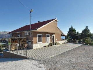 4 bedroom Villa in Kila, Splitsko-Dalmatinska Županija, Croatia : ref 5574773