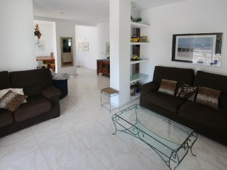 Fanadix Villa Sleeps 6 with Pool and Air Con - 5574921