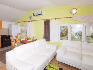 4 bedroom Villa in Divulje, Splitsko-Dalmatinska Županija, Croatia : ref 5574765