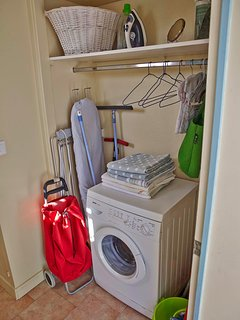 Well equipped laundry