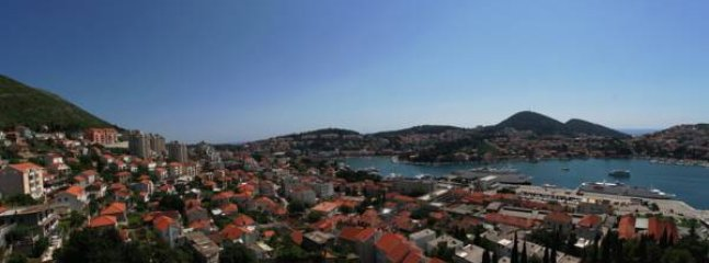 View from the terrace, overseeing the Gruz(ž) Bay.