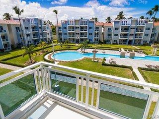 Newer Resort-like condo community